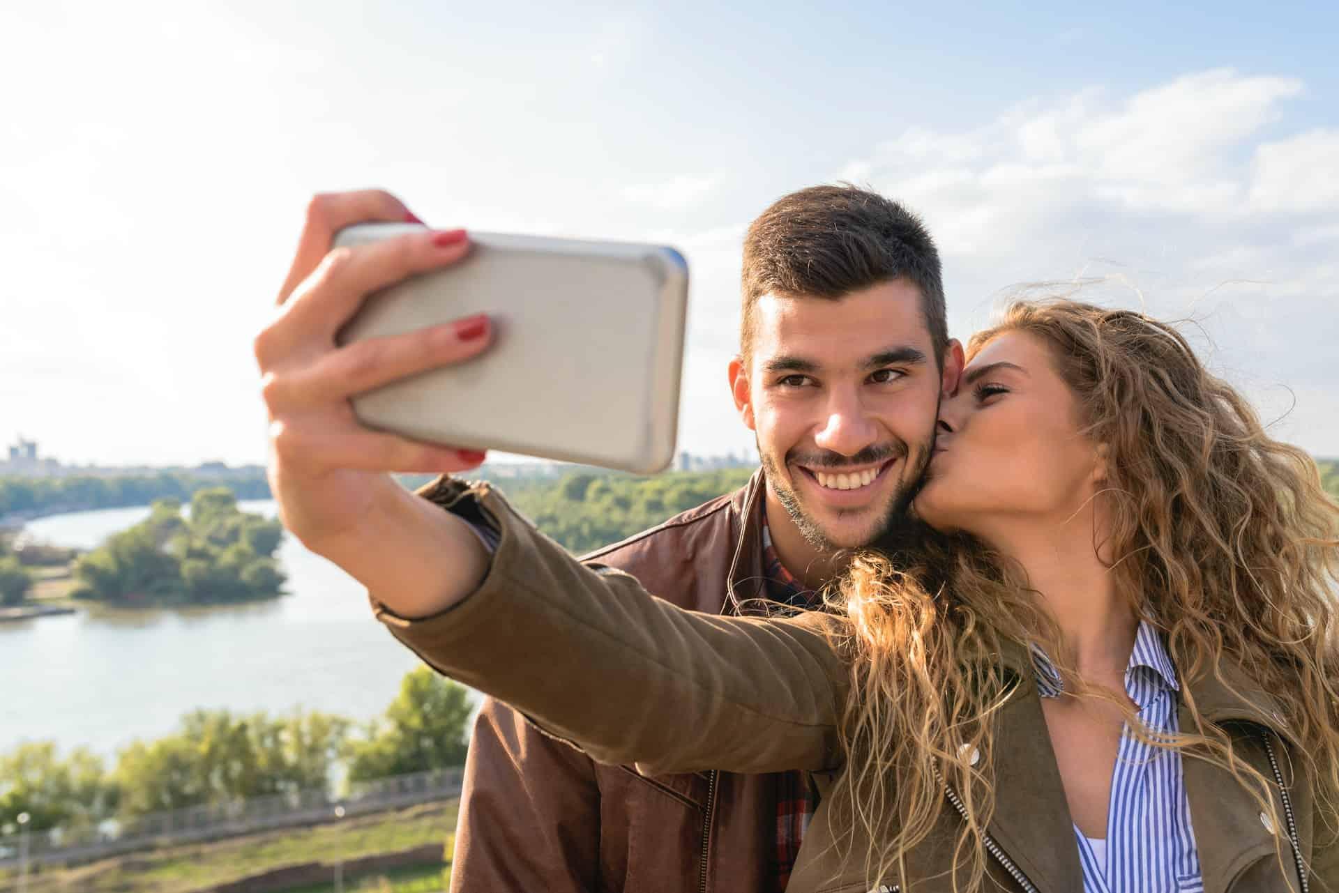 Sentez vous bien ensemble grâce à la thérapie relationnelle pour couple
