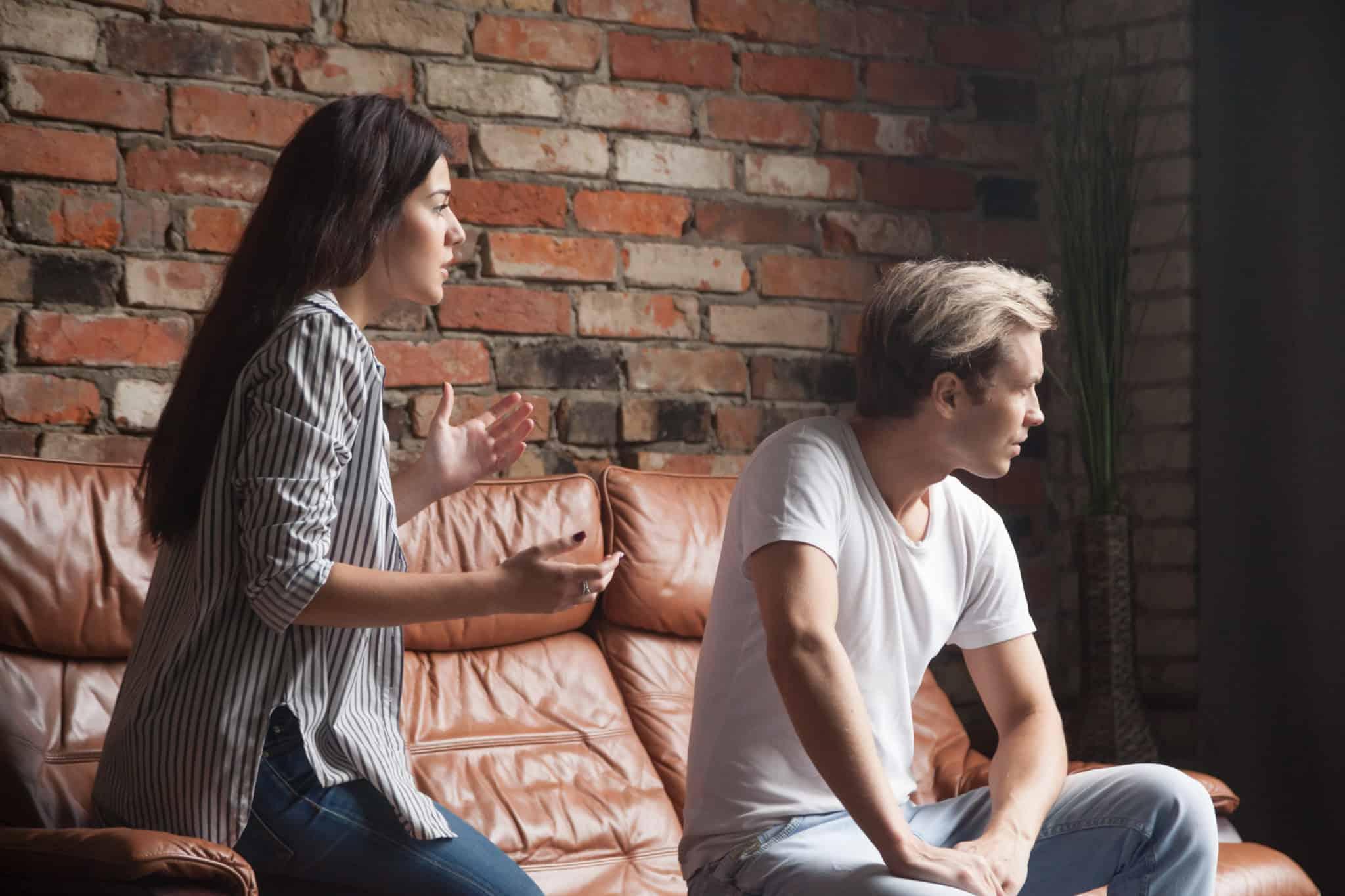 Insatisfaction relationnelles dans le conflit? Thérapie de couple